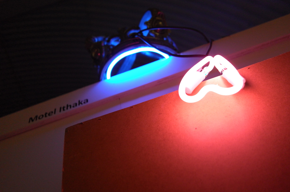 Motel Ithaka, dimensions variable, metal and neon